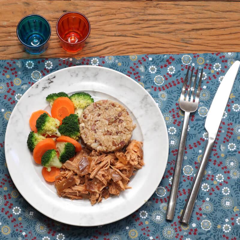Pulled pork + Arroz 7 grãos + Brócolis com cenoura