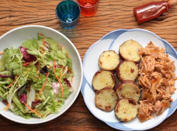 Pulled pork + batata doce no azeite + salada com molho azeite e limão