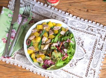 Mandioquinha com vagem e atum + Salada com molho azeite e limão