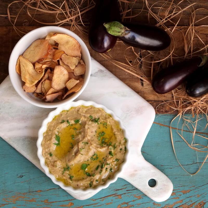 Babaganoush + Chips de batata doce