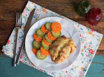 Frango parmegiana ao forno + abobrinha com cenoura e mix gold