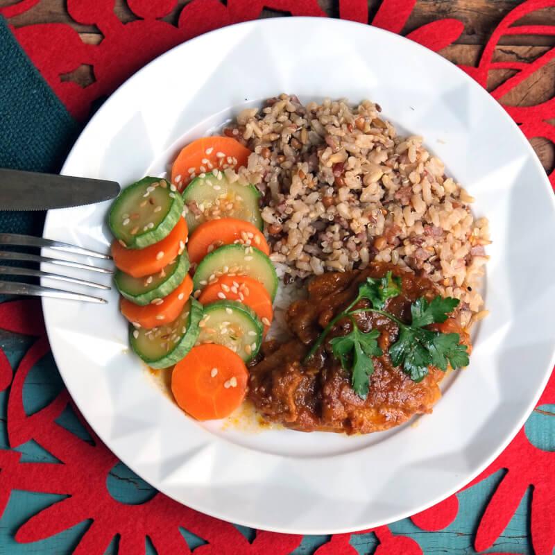 Sobrecoxa caipira-arroz 7graos-abobrinha
