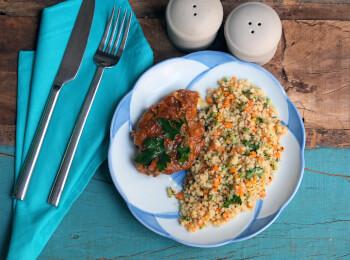Sobrecoxa caipira + couscous marroquino