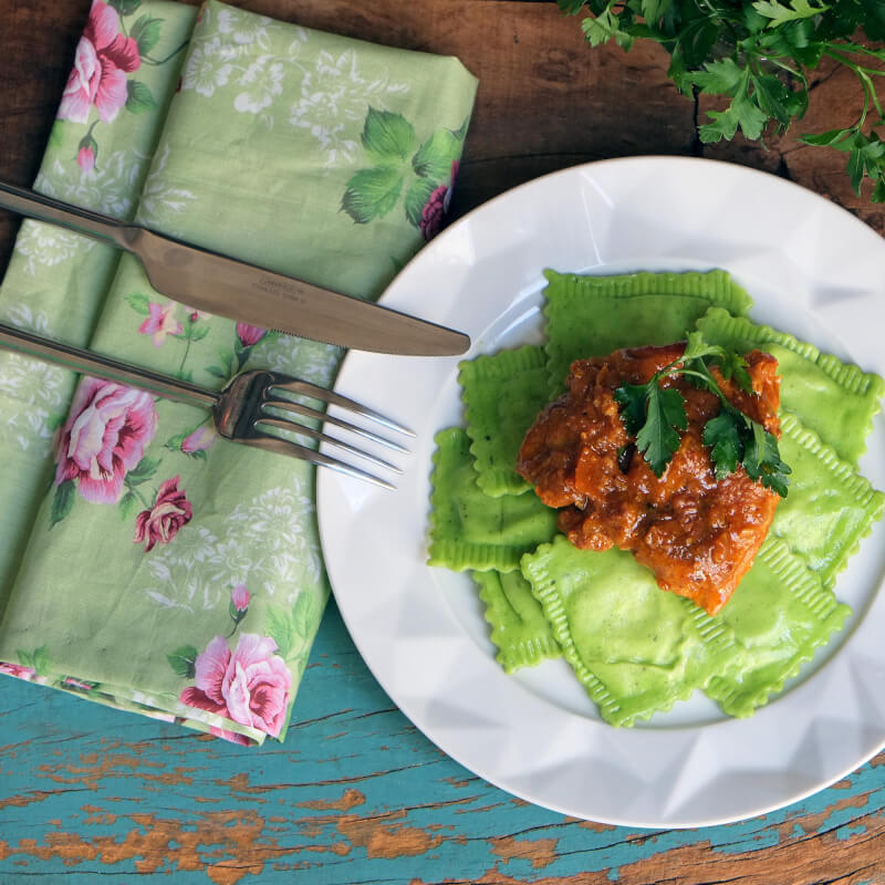 Sobrecoxa caipira-ravioli verde