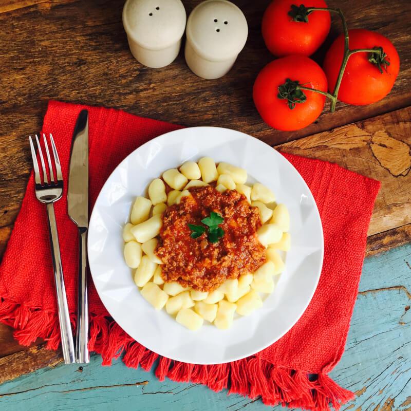 Nhoque de batata + molho bolonhesa