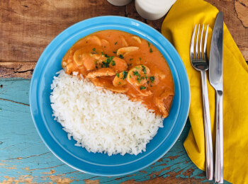 Estrogonofe de frango + arroz branco